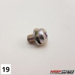 Ruuvi alkukäyrä lämpösuoja 93891-050-0800 Honda Monkey Z50J